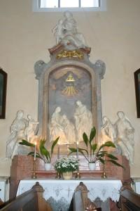 Boční oltář - levý